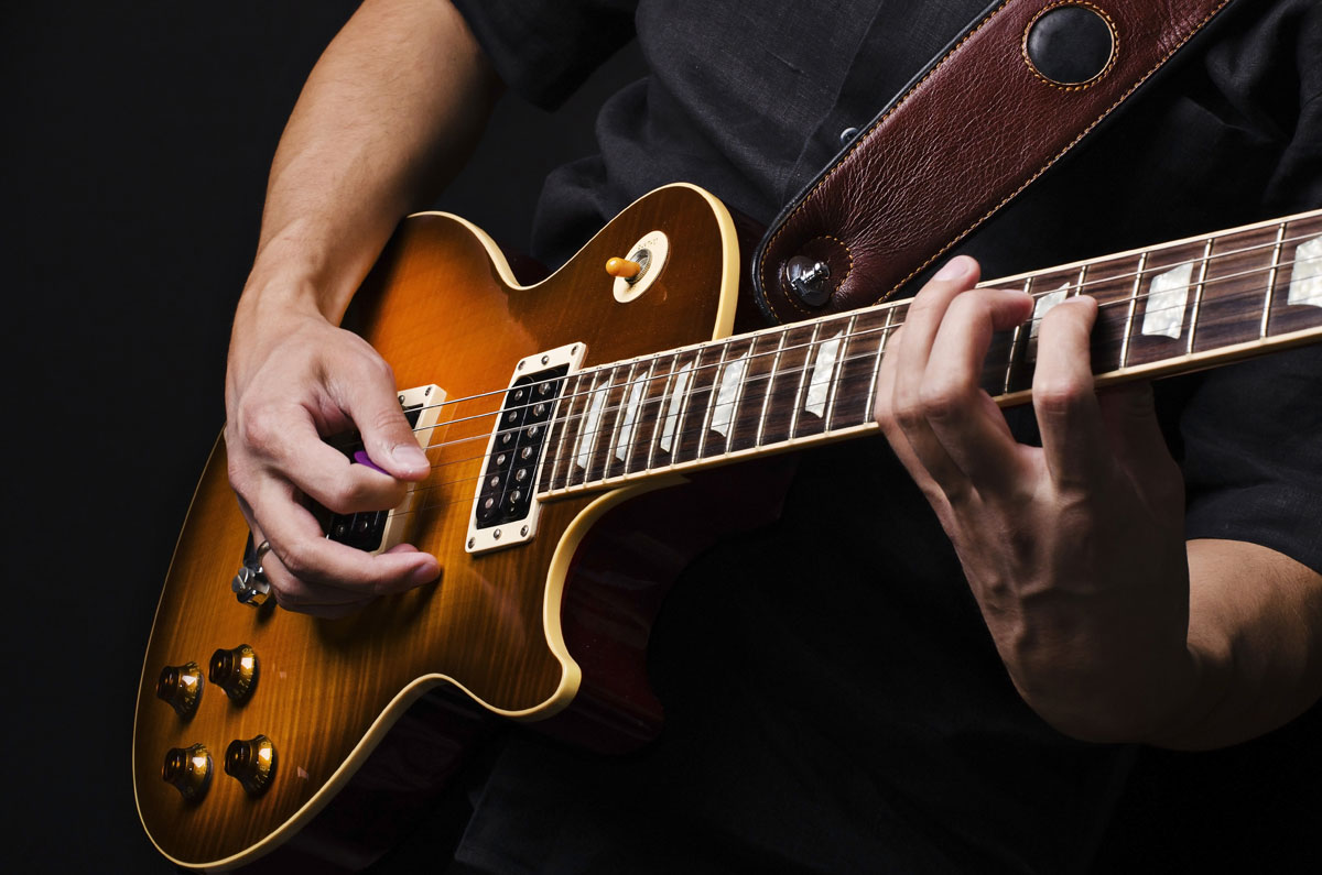 Amazing Guitar Found in Storage Unit